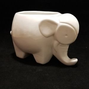 Elephant mini pot